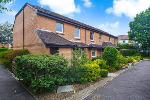 Shaw Court, Newton Mearns
